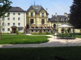 """Hotel -Johannes Schlössl """" Gästehaus der Pallottiner, Privatzimmer in Salzburg"""