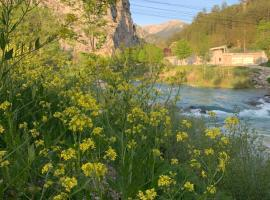 Le long du Verdon, B&B in Castellane
