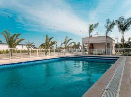 Apt completo-Ar-TV-Portaria 24h-Piscina-Praia, apartment in Campos dos Goytacazes