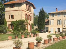 Le Pavillon d'Arnajon, hotel in Le Puy-Sainte-Réparade
