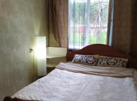 2-kh komnatnaia kvartira, гостиница в Угличе