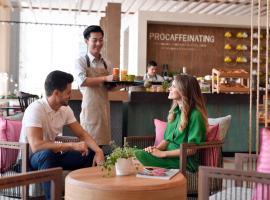 Holiday Inn - Dubai Festival City, hotel near Century Village, Dubai