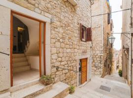 Boutique old town house Karkovich, self catering accommodation in Hvar