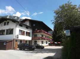 Bed & Breakfast Der Tiroler, pet-friendly hotel in Achenkirch
