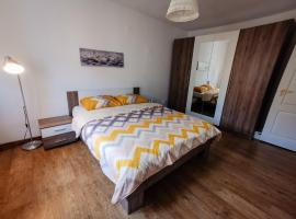 Lovely place to stay in Resita, apartment in Reşiţa