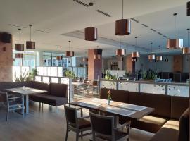 Hotel Uno, отель в городе Усти-над-Орлици