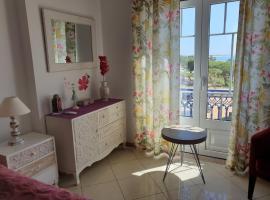 Charm Apartment T2 Al With Big Terrace Albufeira, hotel near Oura Beach, Albufeira