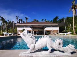 Sunset Cove Beach & Dive Resort, hotel in Romblon