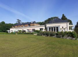 Les Mazeraies maison d'hôtes et SPA, golf hotel in Savonnières