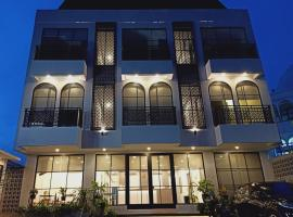 Front One Residence Syariah Mampang, hotel near Ambassador Mall, Jakarta