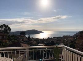 Magnifique T2 terrasse vue mer, apartment in Villefranche-sur-Mer