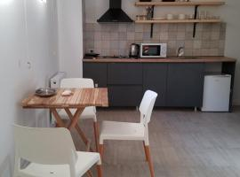 Apartment near the Turtle lake, hotel in Tbilisi City