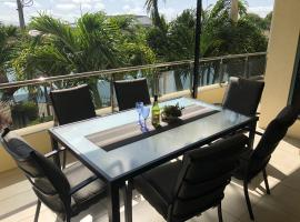 #1 on The Strand, apartment in Townsville