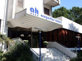 Hotel Augustus, hotel near Viale Ceccarini, Riccione