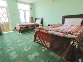 Hotel Summer Retreat, hotel in Hunza