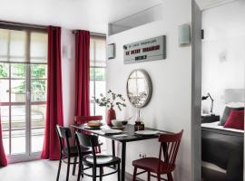 Appartements - Le Logis Versaillais, family hotel in Versailles