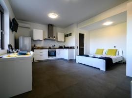 Minimal Studio in Nature, Exostis Nafplio, pet-friendly hotel in Nafplio