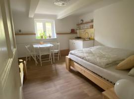 Ubytování Lucie, apartment in Luhačovice