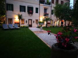 Cinqueteste Luxury Home, hotel near Parking Tronchetto, Venice