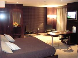 Hotel Francisco II, hotel in Ourense