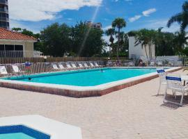 Lover's Key Beach Club by Check-In Vacation Rentals, vacation rental in Fort Myers Beach