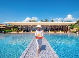 Fusion Resort Cam Ranh - All Spa Inclusive, resort in Cam Ranh