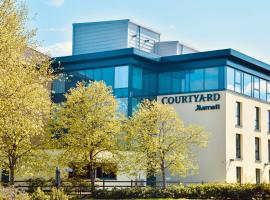Courtyard by Marriott Glasgow Airport, hotel in Paisley