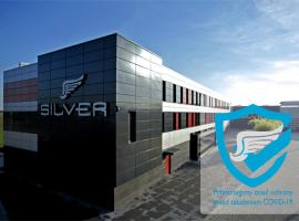 Silver Hotel & Gokart Center, отель в Щецине