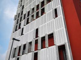 City center apartment, hotel in Koper