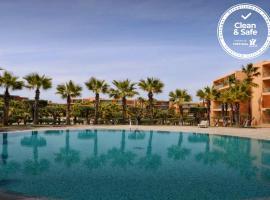 Herdade dos Salgados Beach apartment, hotel perto de Praia dos Salgados, Albufeira