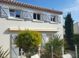 Villa with 4 bedrooms in Agde with private pool enclosed garden and WiFi 1 km from the beach, holiday home in Cap d'Agde