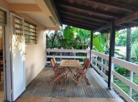 Appartement d'une chambre a Le Lamentin avec jardin clos et WiFi a 25 km de la plage, Ferienwohnung in Le Lamentin