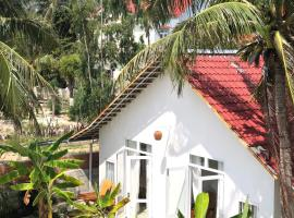 Timothe Beach Bungalow, hotel in Song Cau