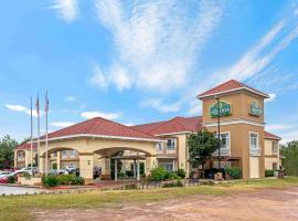 La Quinta by Wyndham Conroe, hotel in Conroe