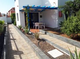 apartamento los delia, hotel with pools in Caleta De Fuste