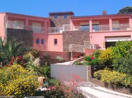 Apartment with 2 bedrooms in Collioure, with wonderful sea view, enclosed garden and WiFi - 400 m from the beach, pet-friendly hotel in Collioure