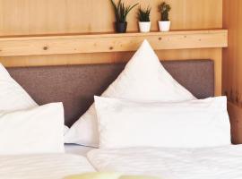 Moderne Alpine Suites mit Küche & Balkon by stayFritz, apartment in Bad Wiessee