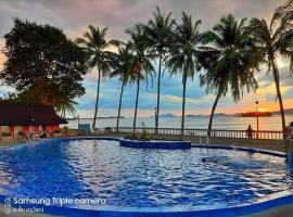 Jansom Beach Resort, hotel in Ranong