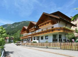 Hotel Pension Alpenhof, hotel in Colle Isarco