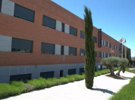 Hotel-Apartamentos Tartesos, budget hotel in Las Rozas de Madrid