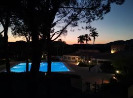 Résidences du golf, hotel near Valescure Golf Club, Saint-Raphaël