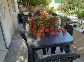 Clos Victor spacieux 2 pièces, apartment in Toulon