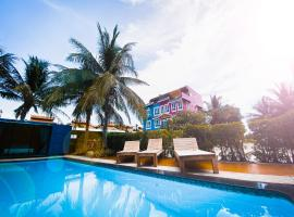 Chaamaran Boutique Hotel, hotel in Cha Am