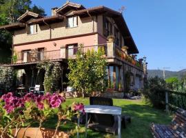 Casa Rural Goiena, hotel in Mungia