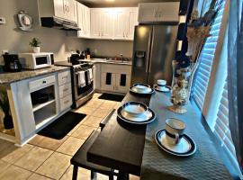 Purple Door #3 - Ocean View, apartment in Killeen