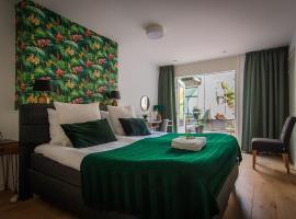 Bed en Borrel Het Wijnhuis, hotel in Dordrecht