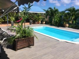 Apartment with one bedroom in Saint François, with shared pool, furnished terrace and WiFi - 3 km from the beach, apartment in Saint-François
