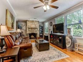 Superhost 5 Star 4BR Home **Family, Groups, Work**, vacation rental in Jacksonville