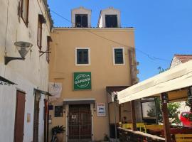 Hostel Split Garden, hotel in Split