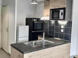 Villa pour 6 personnes, pet-friendly hotel in Valras-Plage
